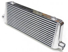 Universele 2.25 Inch Front Mount Intercooler 550*230*65mm | SIX 215768